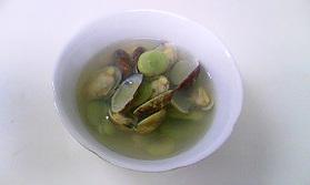 空豆とアサリのジンジャースープ