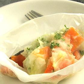 鮭とポテトサラダの包み蒸し